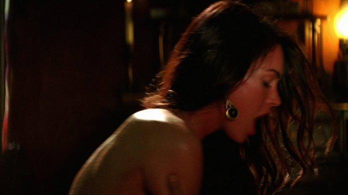 megan fox lesbian sex scene № 381399