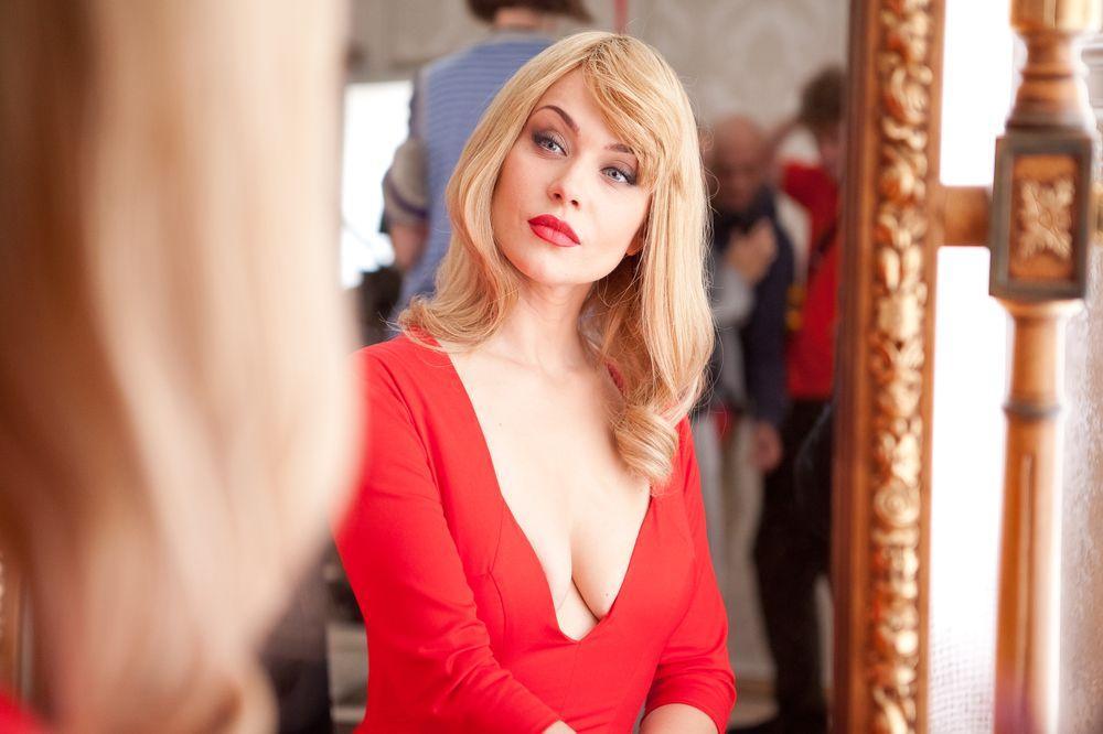 Смотреть порно девушки с большой грудью онлайн бесплатно