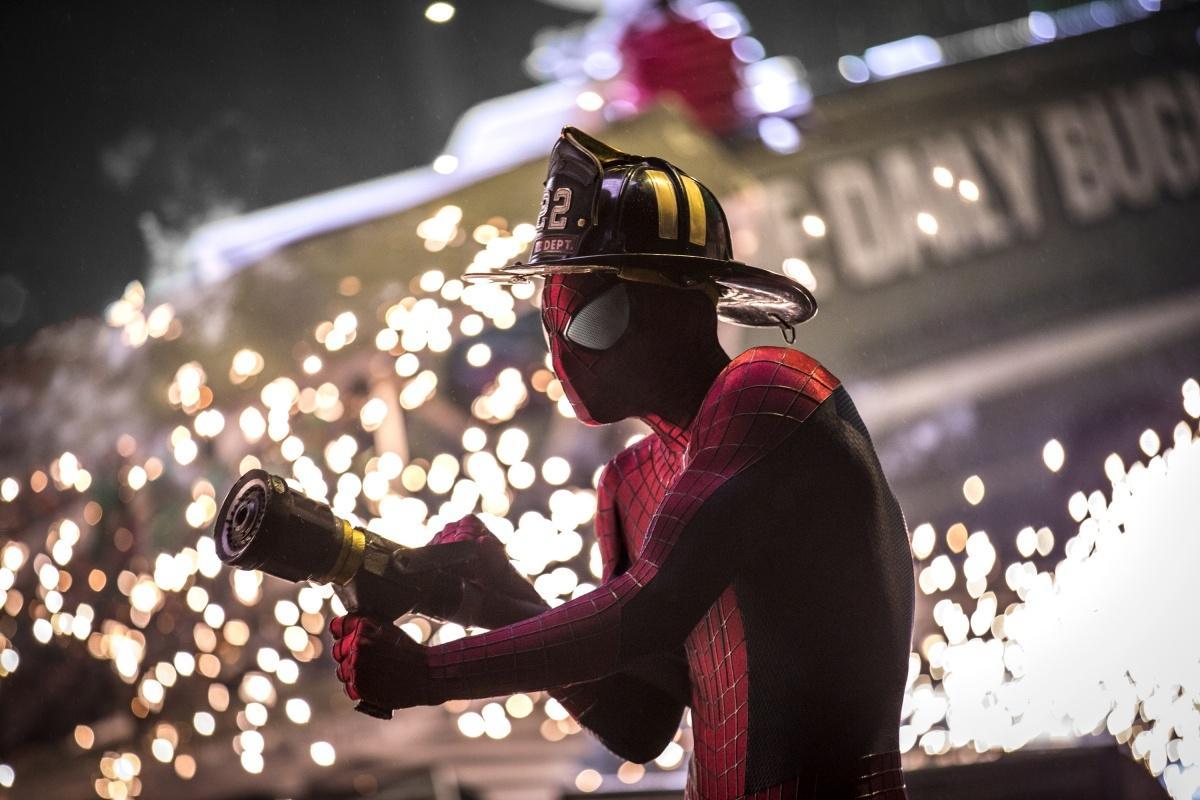 смотреть новый человек паук кино смотреть бесплатно в хорошем качестве hd 720